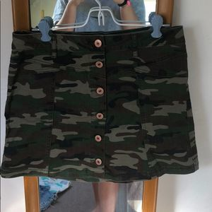 3 for $20 Forever 21 Button Front Camouflage skirt